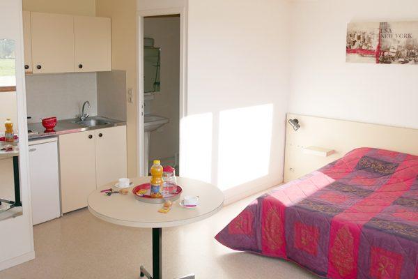 studio-meubler-louer-caen-etudiant-semaine-nuit-mois-2