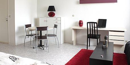 Logement entièrement aménagé - Location appartement à Caen